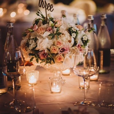 Matrimonio in rosa elegante e romantico