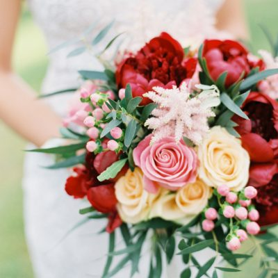 Vibrant and romantic wedding in Tuscany