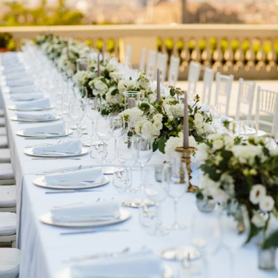 Classic white and green wedding in Tuscany