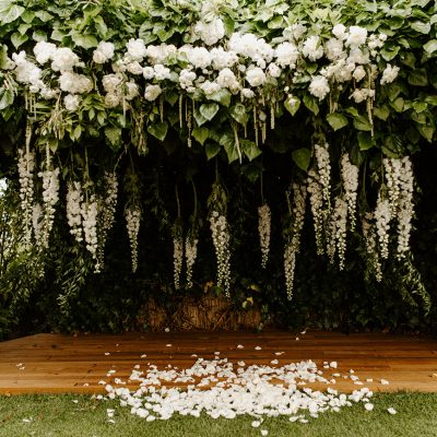 Secret garden wedding in Tuscany
